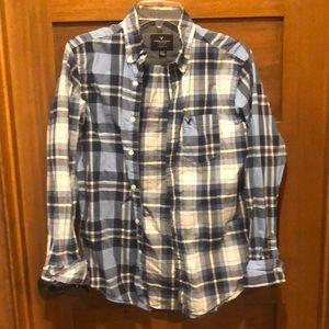 American Eagle 🦅 Plaid button up shirt 👔 XS